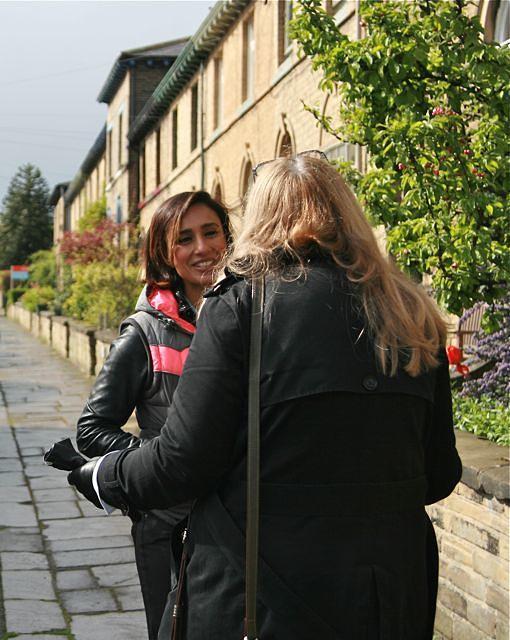 Maria explains to Anita the Saltaire treaclers